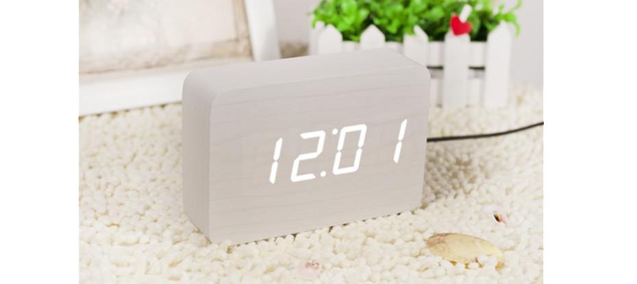 Brick White Click Clock / White LED by Gingko