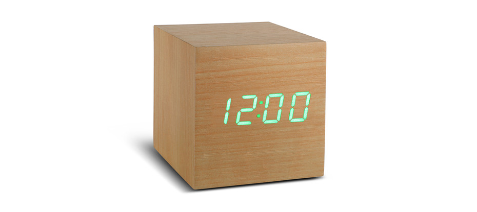 Cube Beech Click Clock / Green LED - Cube Click Clock - Gingko